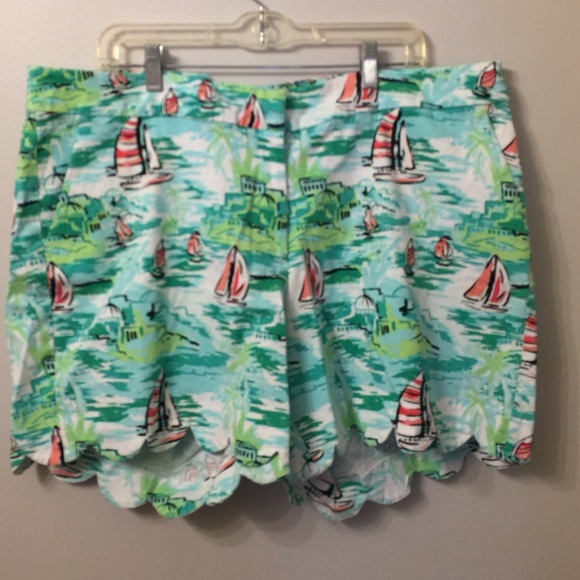 crown & ivy Pants - (1791). Crown and Ivy shorts.  Size 20W